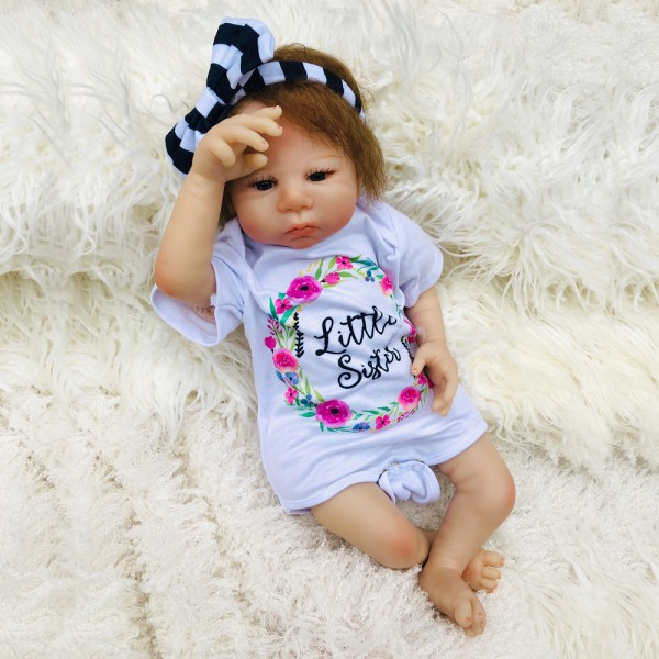Reborn Baby Doll Lifelike Newborn Girl Doll With Bow Headband 18inch