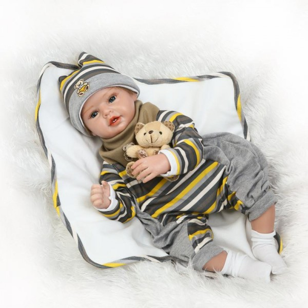 Silicone Reborn Baby Doll Lifelike Realistic Newborn Boy Doll 22inch